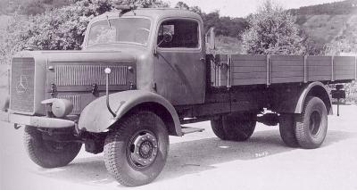 メルセデス・ベンツ L4500Sトラック